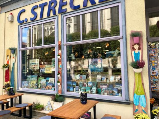 C. Strecker Christliche Buch- und Kunsthandlung mit Café