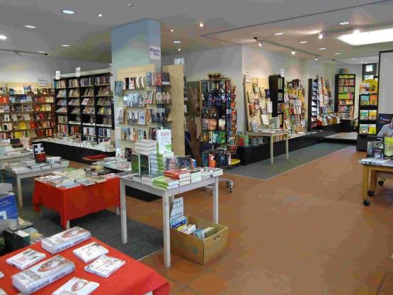 Bunter Bücherladen, U. Straub & Co Buchladen KG